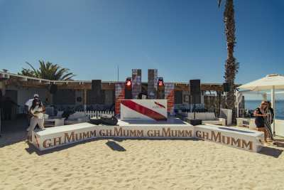 JF_20180128_MMM_Usain_Grand Beach-1