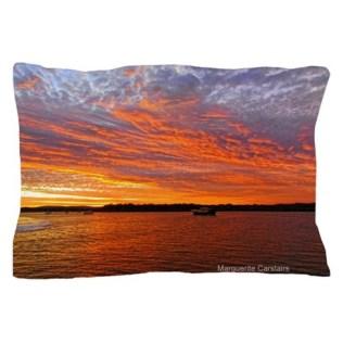 sunrise_over_the_sea_pillow_case