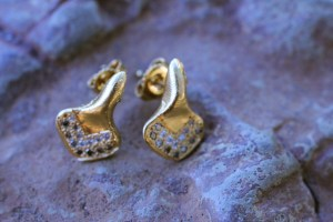 Chevron jewelry made from recycled sterling silver plated with 18k gold and ethically sourced diamonds