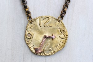 The time is now necklace