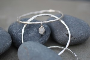 Circle of white light bangle
