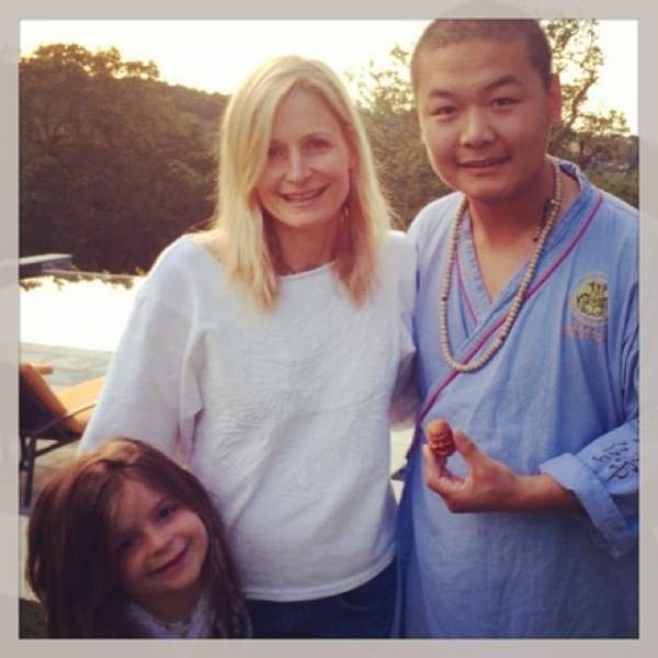 Learning how to make Buddhist jewelry with dear friend Monk Xing #showthelovejewelry