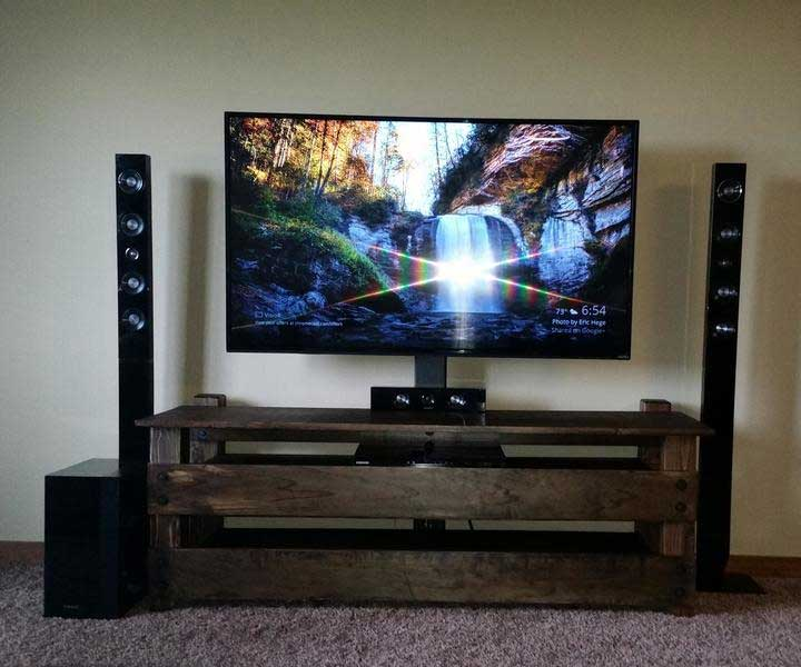 Awesome DIY TV Stand with Multi Color Led