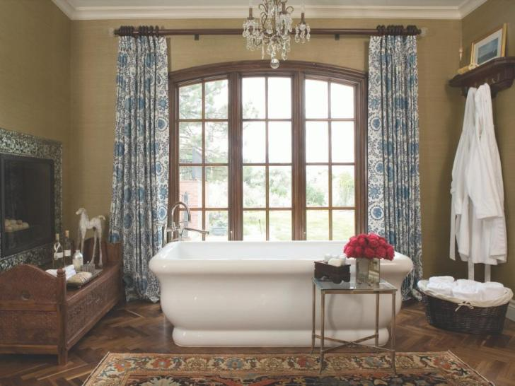 Old World Elegance spa bathroom