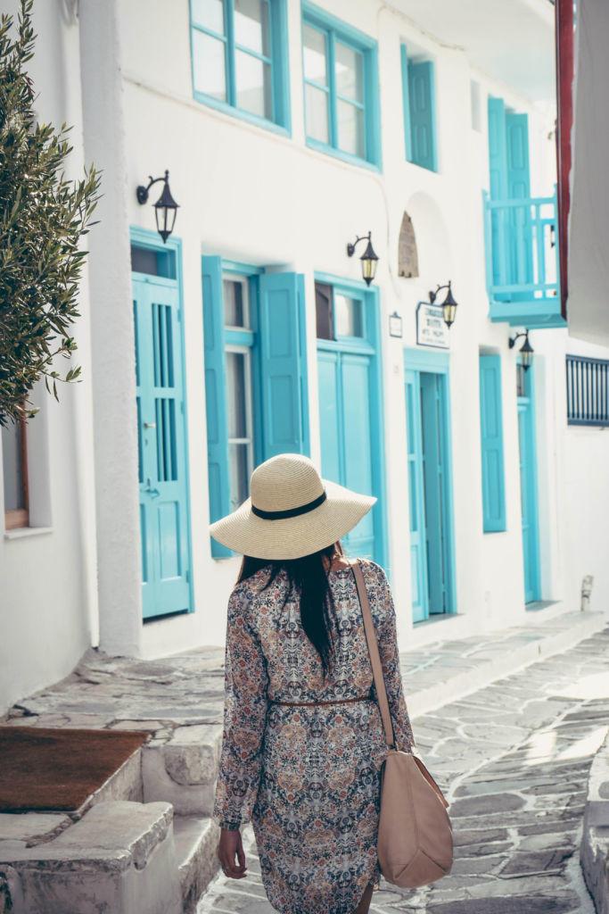 mykonos blue doors