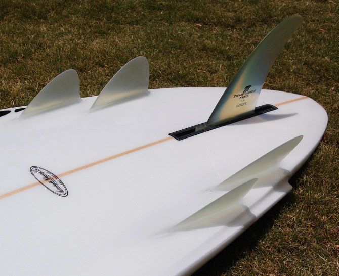 Campbell Brothers Bonzer Elevated Wing Tail.jpg