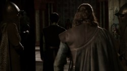 Sean Bean shoulders back Game of Thrones Eddard Stark screencaps photos