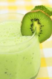 Kiwi Avocado Smoothie with Hemp