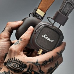 CASQUE MARSHALL MARRON