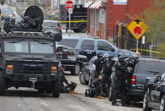 BATTLEFIELD USA: De Facto State of Martial Law Declared In Boston *Pics From the War Zone* Boston martial law10b