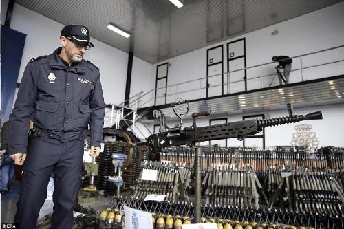 http://i2.wp.com/shtfplan.com/wp-content/uploads/2017/03/seized-guns-spain-3.png?w=500