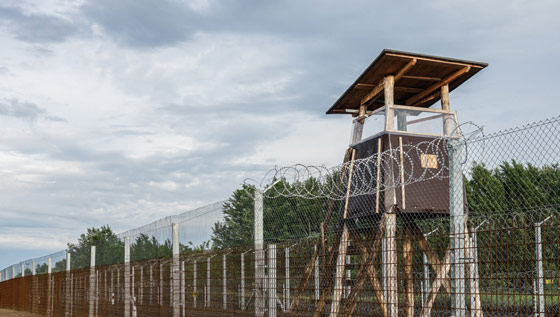 hungary-borderfence3