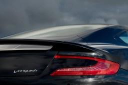 2015-Aston-Martin-Vanquish-rear-taillight