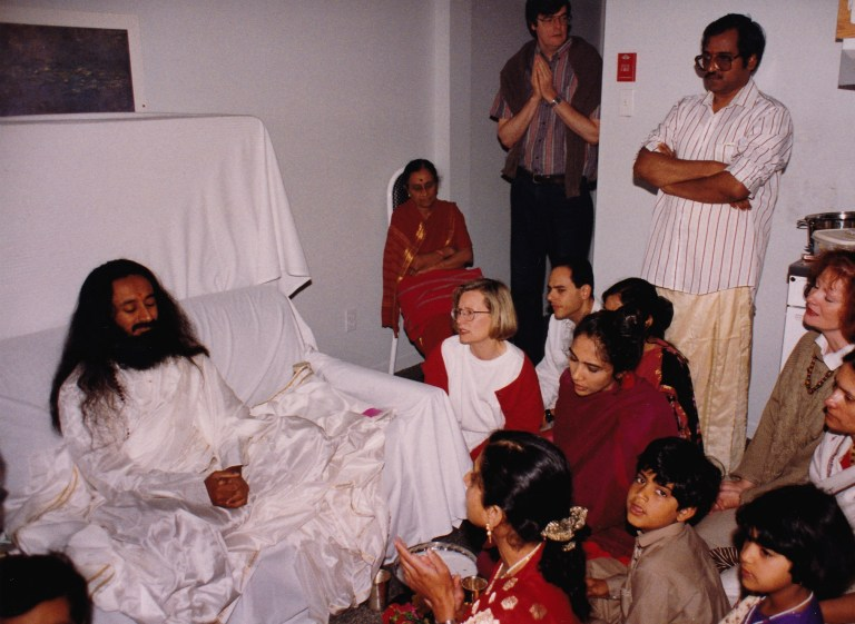 Amol:priya with Guru Ji