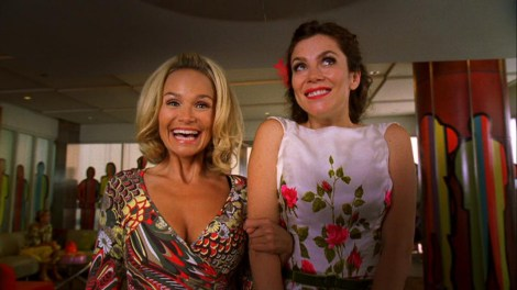 "Kristin Chenoweth and Anna Friel star in the cancelled ""Pushing Daisies."" Photo courtesy of whimsicons.livejournal.com."