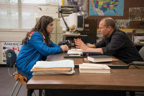 Hailee Steinfeld and Woody Harrelson / Photographer: Murray Close; Copyright: ©2015 STX Productions