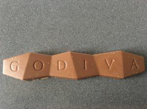2019年セブンイレブン限定のGODIVAタブレットチョコレート