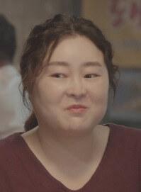 ヤン・インスク役はユン・サボン