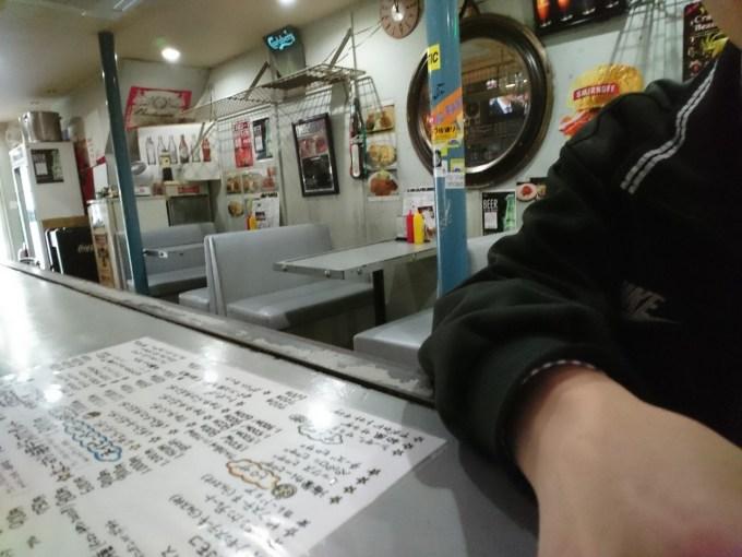 どぶ板食堂perryー店内3