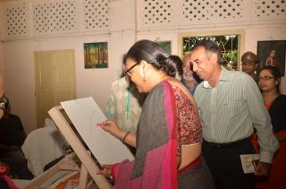 Eminent singer Lopamudra Mitra adds to the canvas
