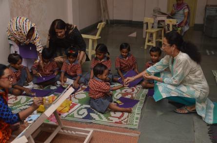 Children of artist priosners visiting during their school break.