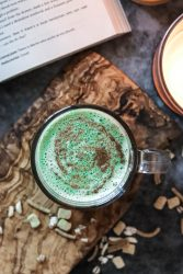 How to make an easy vegan matcha latte