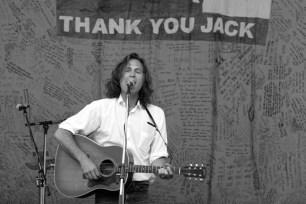 Jason Collett Sings