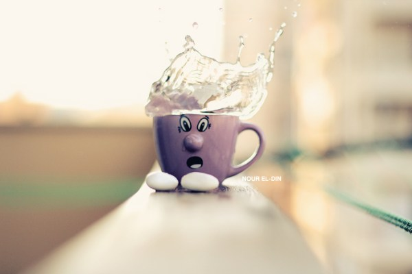 water splash on cup