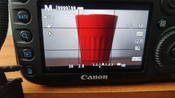 changing exposure settings in manual mode DSLR