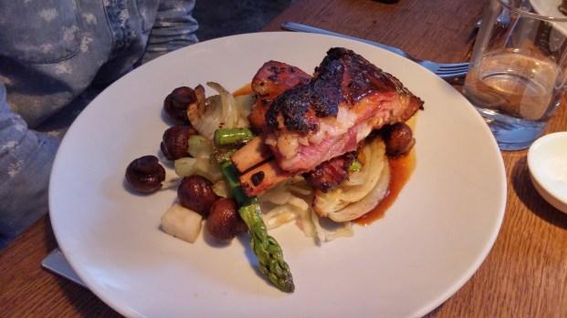 המנה המוצלחת בארוחה ב-Lokal, מנת צלעות טלה מדהימה