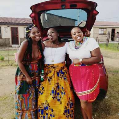 African traditional attire 2021 (5)