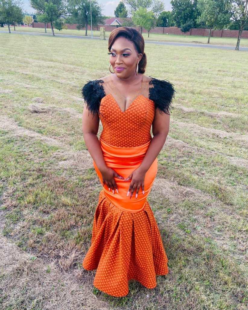 shweshwe traditional wedding dresses 2021 (1)
