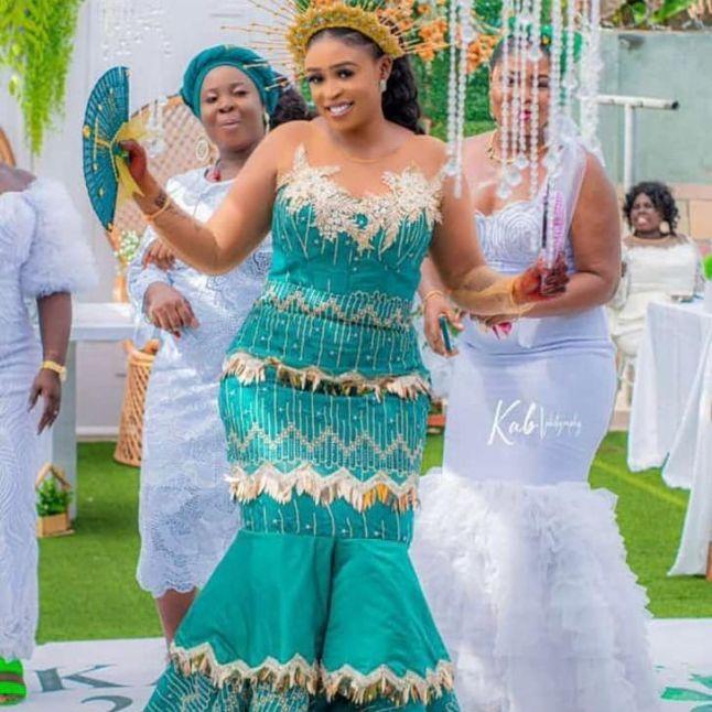 Best Kente Styles for African Women 2021 (11)