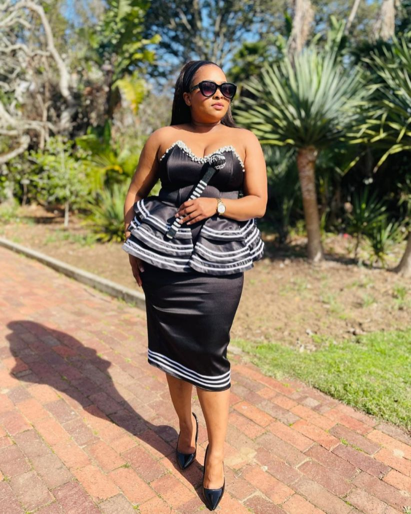 Stunning Xhosa Traditional Attires For African Ladies (4)