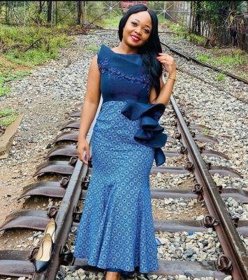 beautiful shweshwe dresses designs 2021 (10)