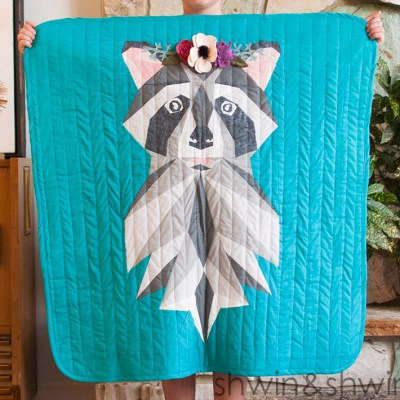 Woodland Raccoon Quilt || Free Pattern