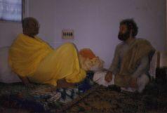 Shyamdas enjoyed extended close association with his guru Shri Prathemshji