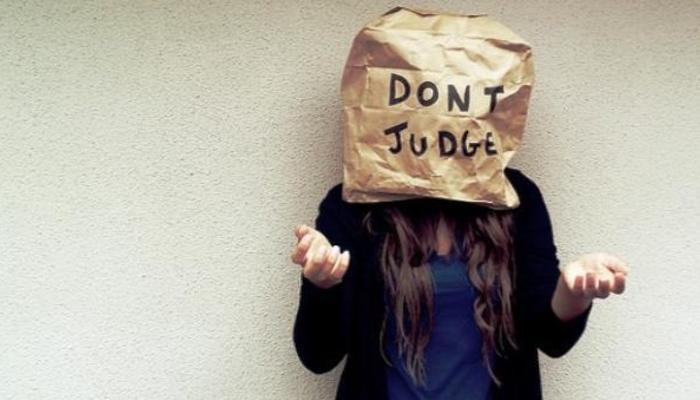 judging people who committed suicide