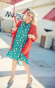 LuLaRoe-Carly-T-Shirt-High-Low-Dress-turquoise-stars-red-and-white