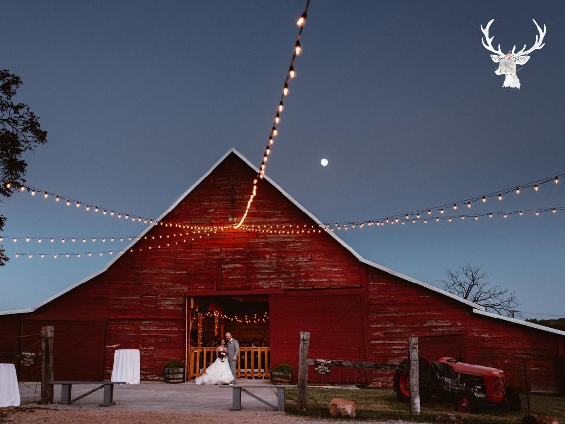 New Braunfels Wedding photography The Lodge At Bridal Veil Falls_0162.jpg