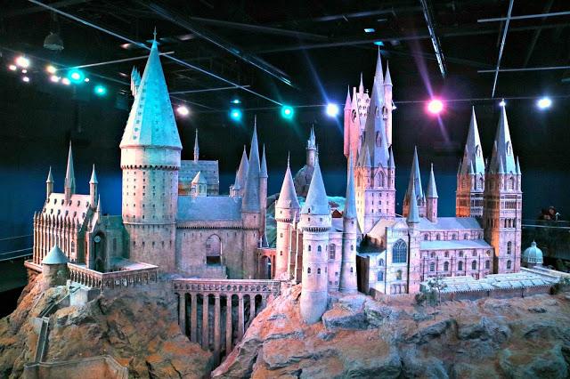Hogwarts castle large scale model
