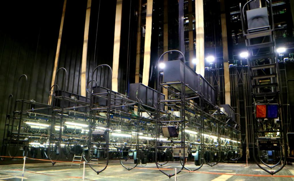 Lighting rig from the Vienna Opera House