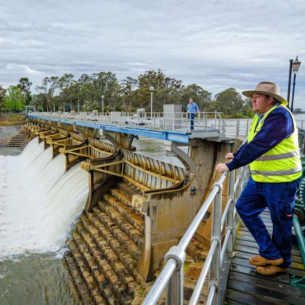 The Goulburn Weir in Victoria, Australia, was built across the Goulburn River in the late 1800s to divert water for irrigation.