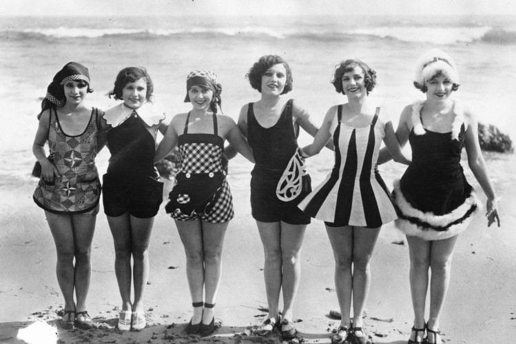 Starlets show off some original swimwear in the 1920s.