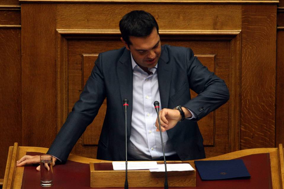 Large-scale defections from Syriza party lawmakers during a parliamentary vote on the agreement Friday morning indicate that Prime Minister Alexis Tsipas may soon call new elections.