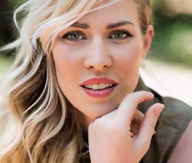 Singer Natasha Bedingfield Lists L A Home For 4 75 Million