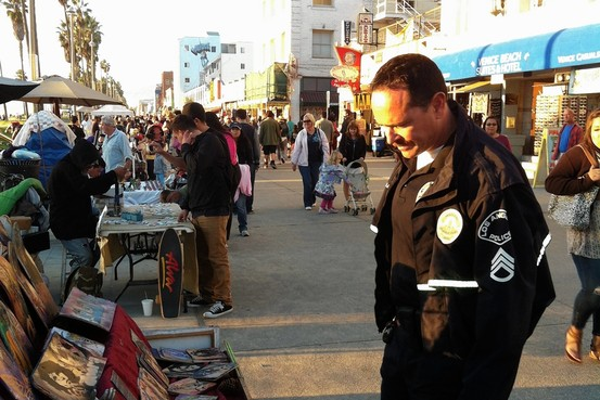 Is It Art On Venice Beach Police Can Make The Call WSJ
