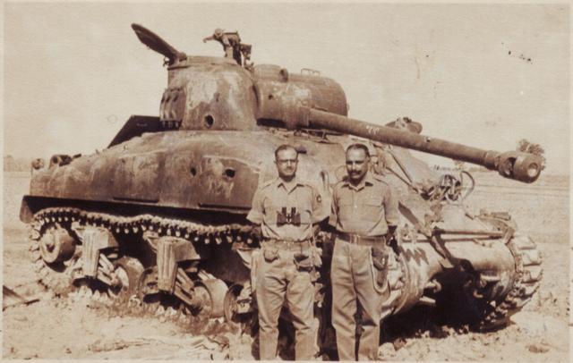 二戰坦克著名坦克:M4「謝爾曼」中型坦克 - 每日頭條