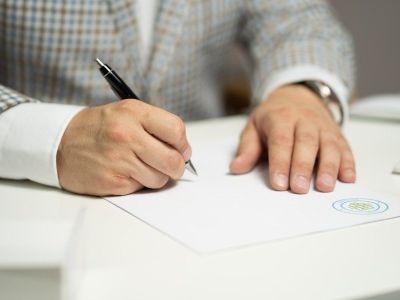 Contratos de Intermediação Imobiliária Como fazer contratos de intermediação imobiliária juridicamente corretos?