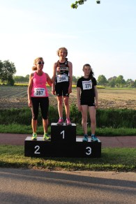 IMG_6882 podium dames1